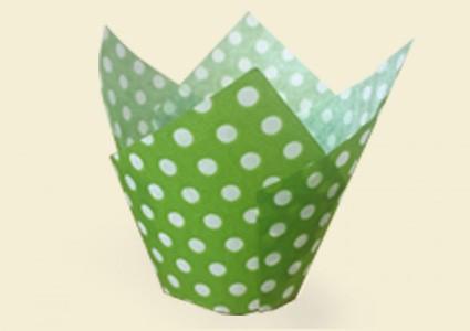 """ХАРТИЕНИ ЧАШКИ ЗА ПЕЧЕНЕ TULIP CUPS - """"ЛАЛЕ"""" 160/50 - зелени на бели точки"""